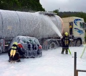 Verkehrsunfall mit Fahrzeugbrand